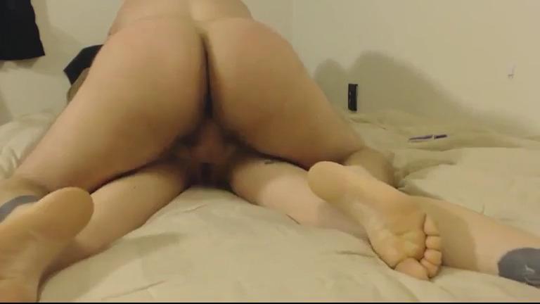 Анальный секс с татуированной блондинкой