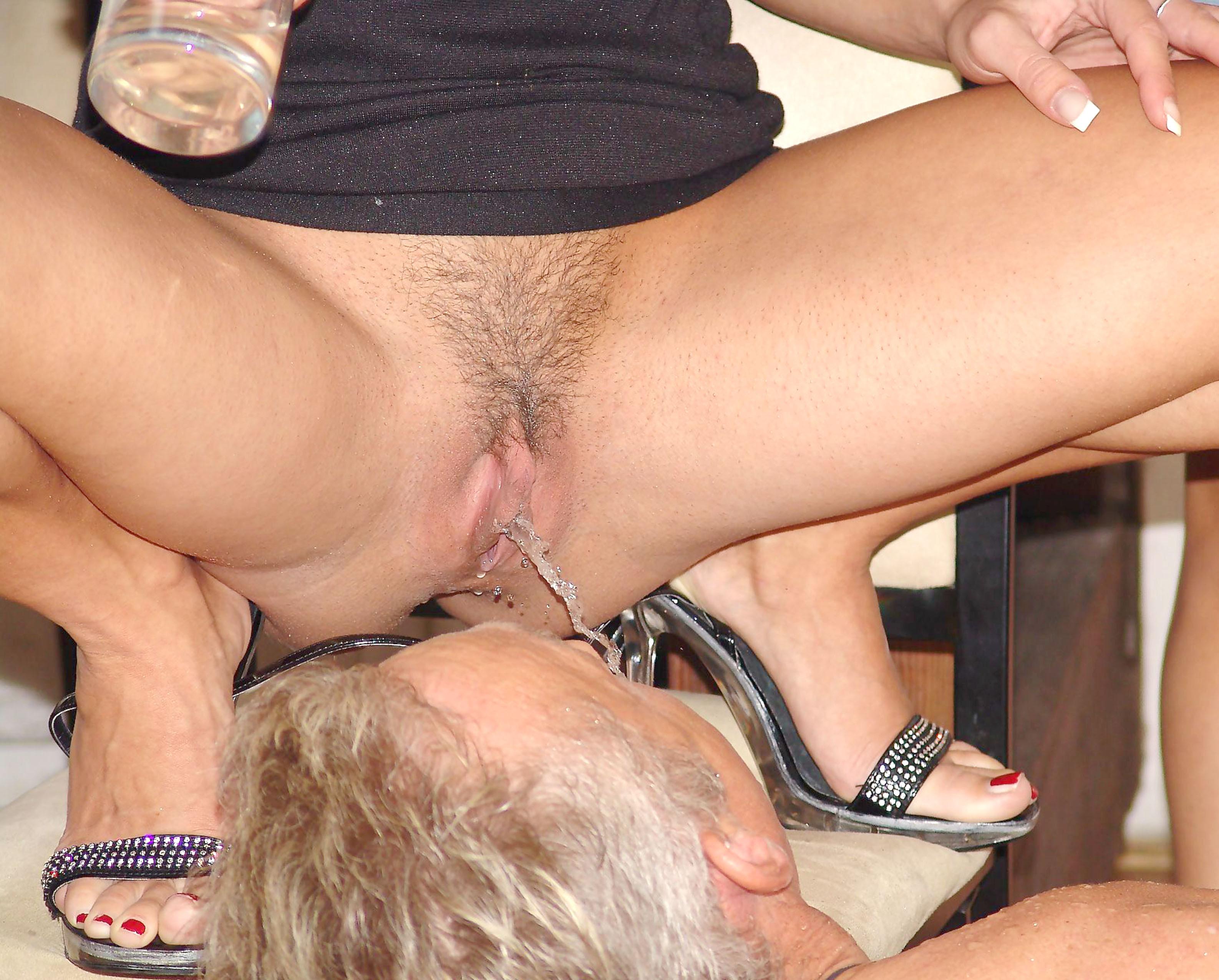 Жена срет мужу в рот порно рассказ