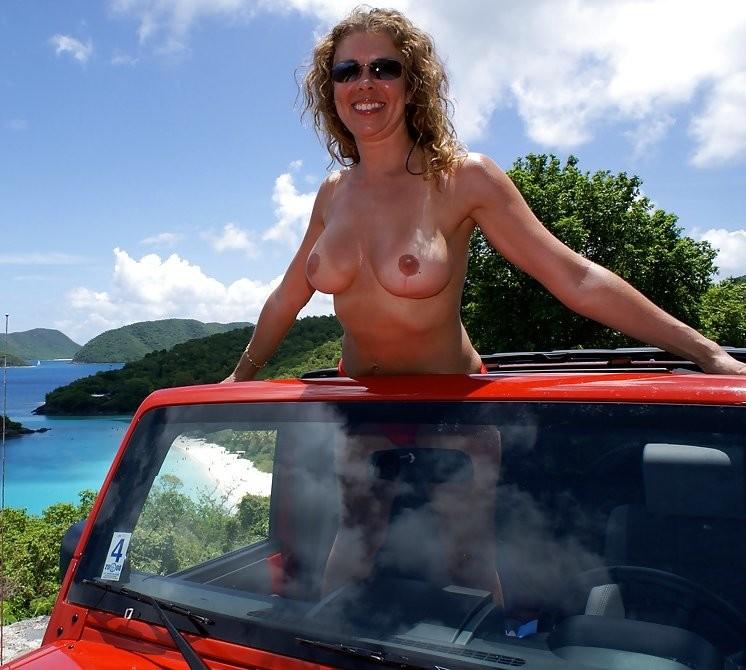 Голые в машине - подборка 016