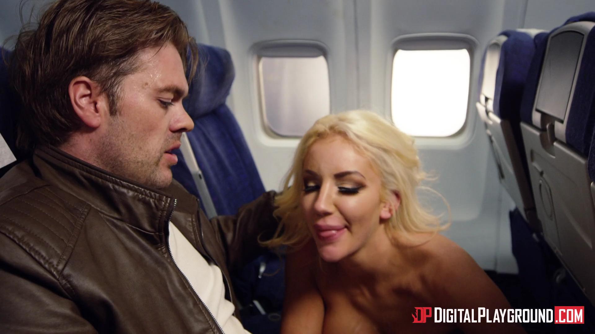 Стюардесса Aletta Ocean разрядила напряженную обстановку в самолете