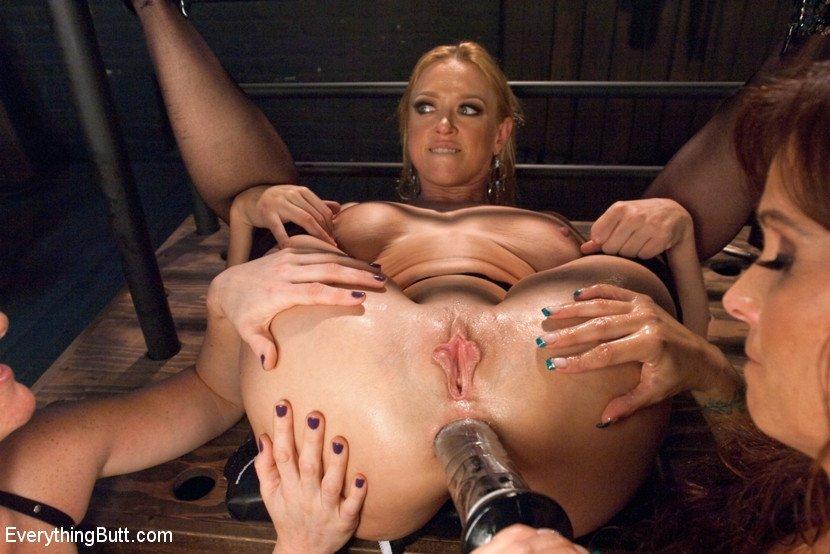 Lesbian hardcore sex pics