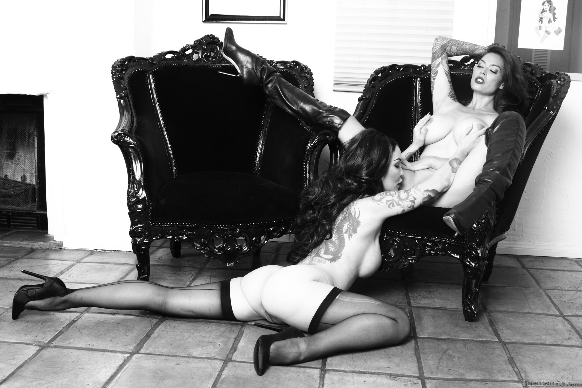 Лесбиянки черно белое фото — photo 10