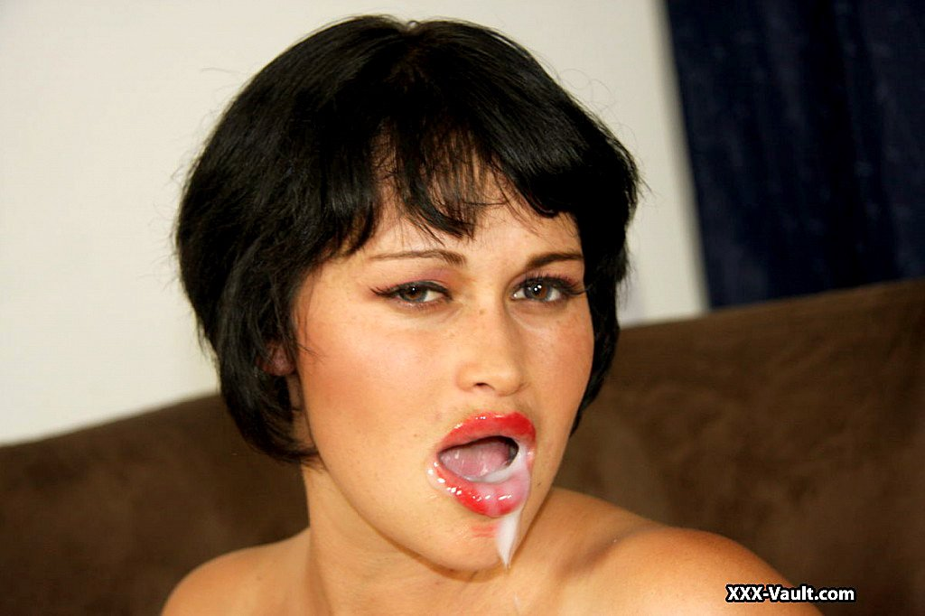 Сперма вытекает порно видео из пизды изо рта или попы
