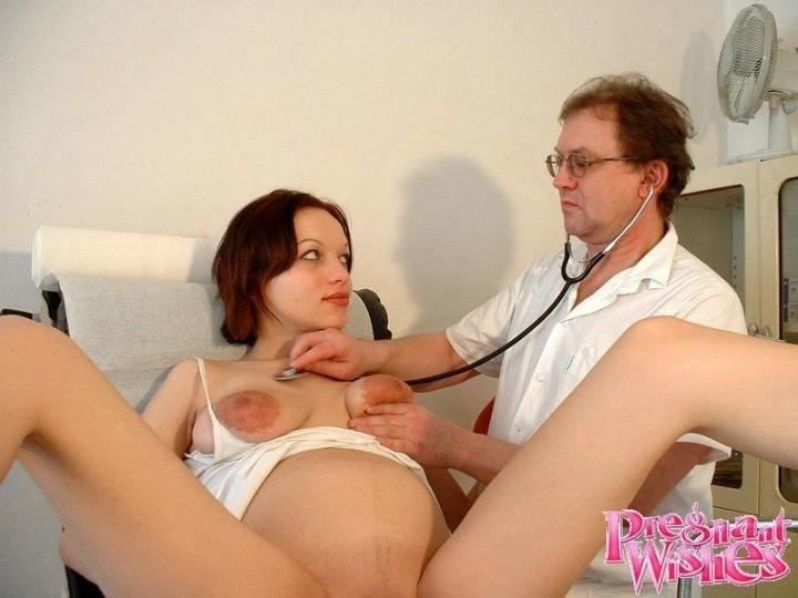 секс беременной с врачом