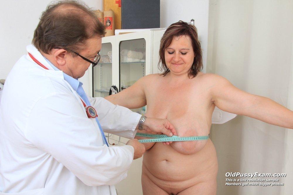 Куни у гинеколога на приёме и секс на кушетке