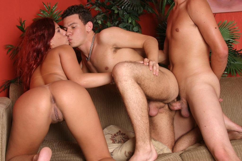 Free chatroom for bisexual male