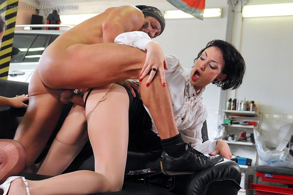 Порно автосервис онлайн фото 507-428