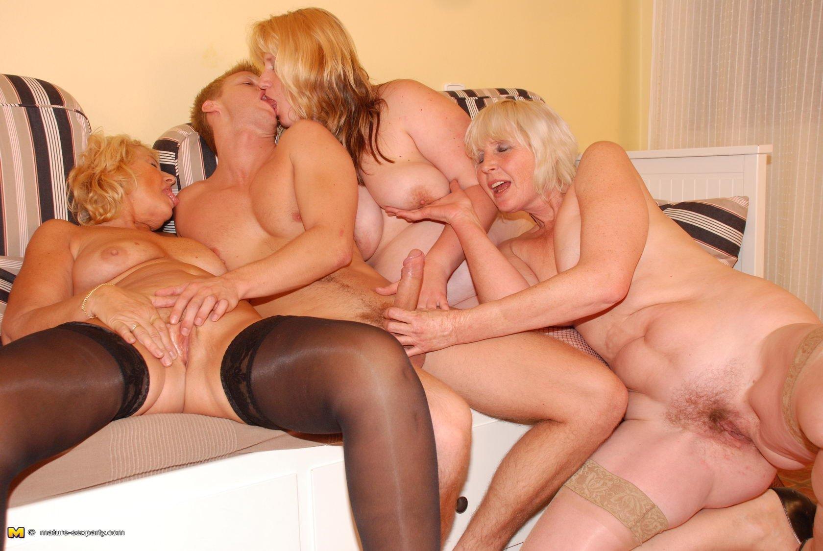 Секс виде зрелыми, Порно видео зрелые, секс со зрелыми бабами, порно 7 фотография
