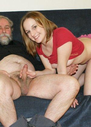 фото домашнего секса деда и внучки