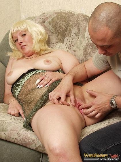 секс со зрелой мадам фото