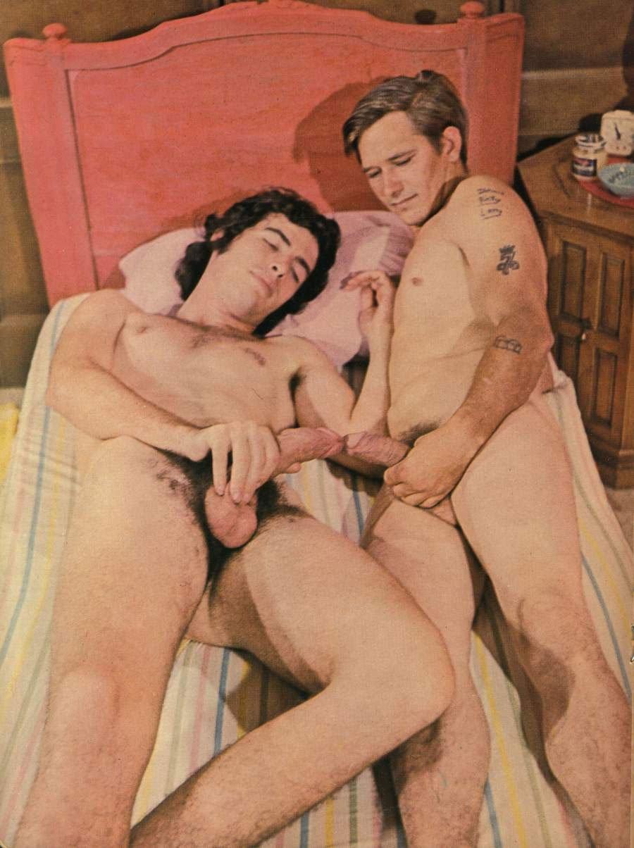 видеоролики онлайн смотреть бесплатно бисексуалы