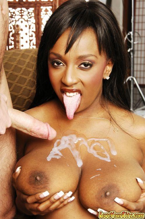 Bbw close up squirt