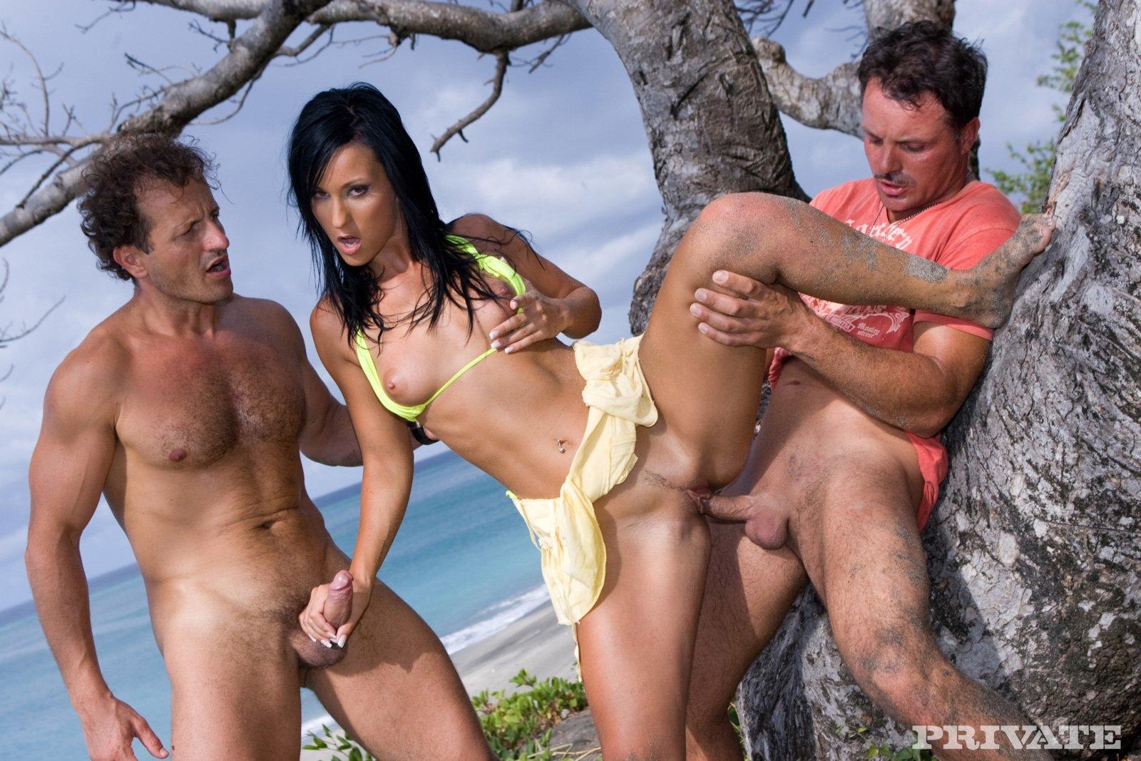 Порно 70 На Острове