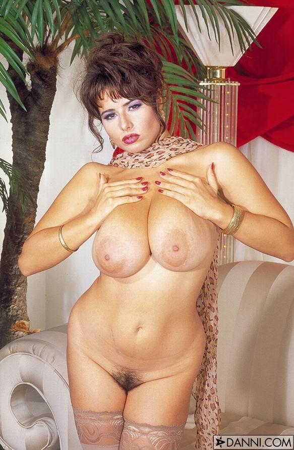 скачать бесплатно порно фото chloe vevrier com