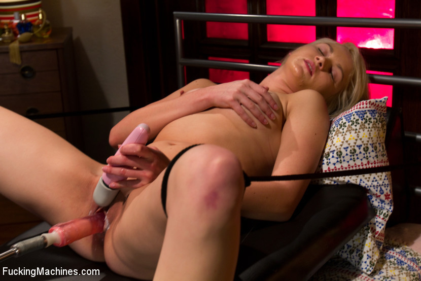 Natasha lyn с секс машиной