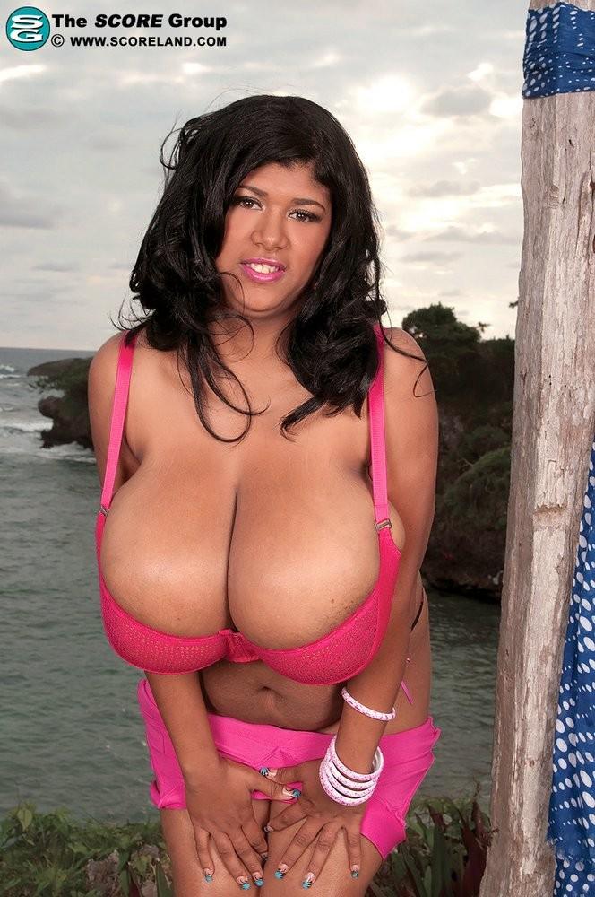сисястая мексиканка фото