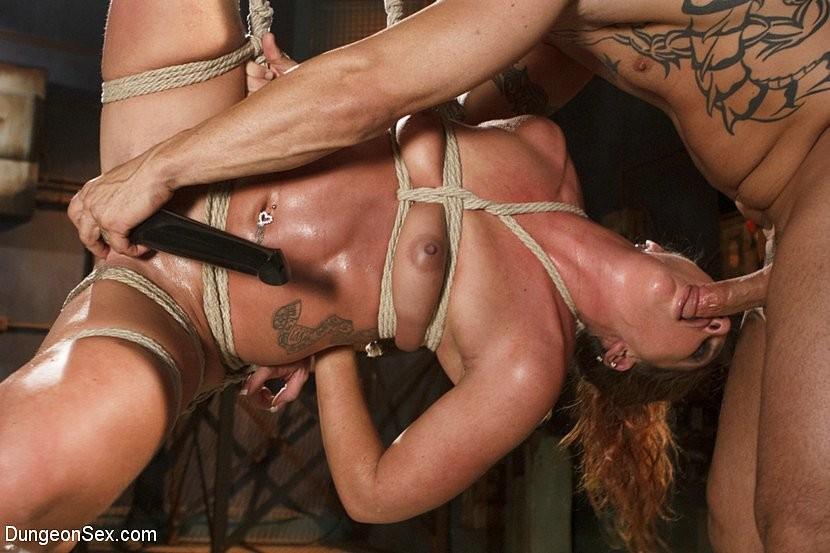 Порно связывание сквирт