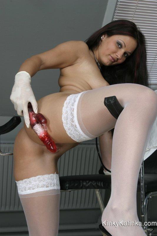 Порно фото медсестер в перчатках