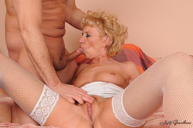 Порно красивых бабушек фото