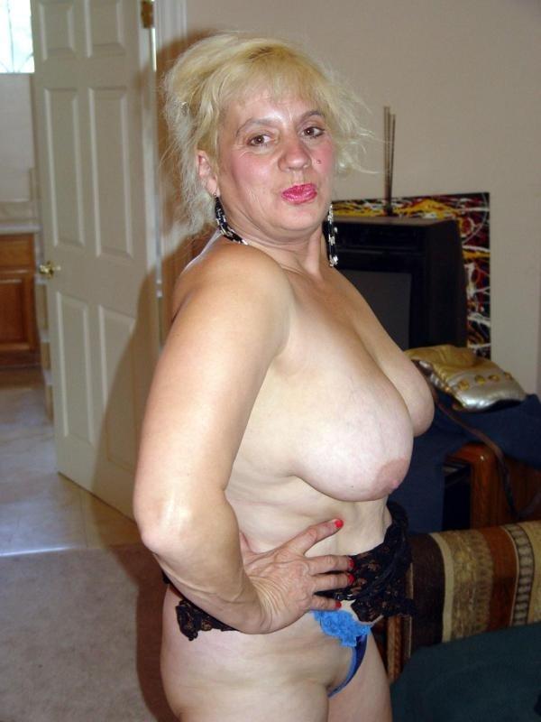 Фото голых сисястых старух