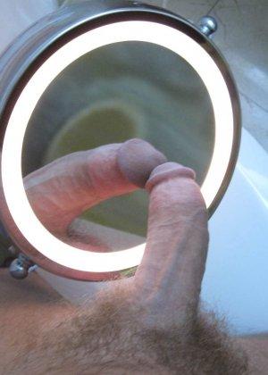 Русское порно видео с тегом В туалете бесплатно