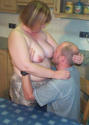 Секс с пухлой зрелой
