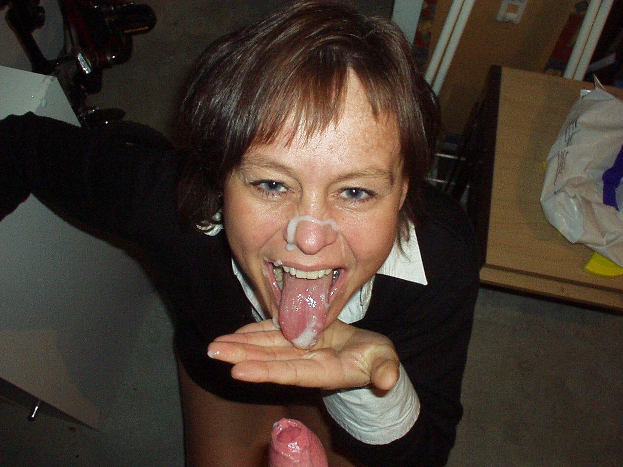 Сперма на лицах зрелых женщин