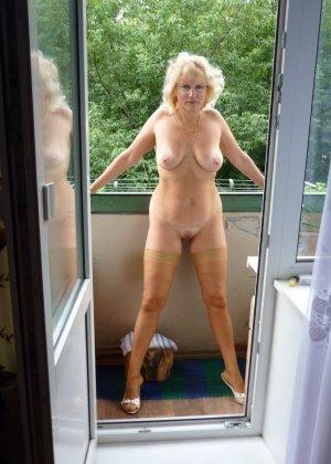голые реальные соседки фото