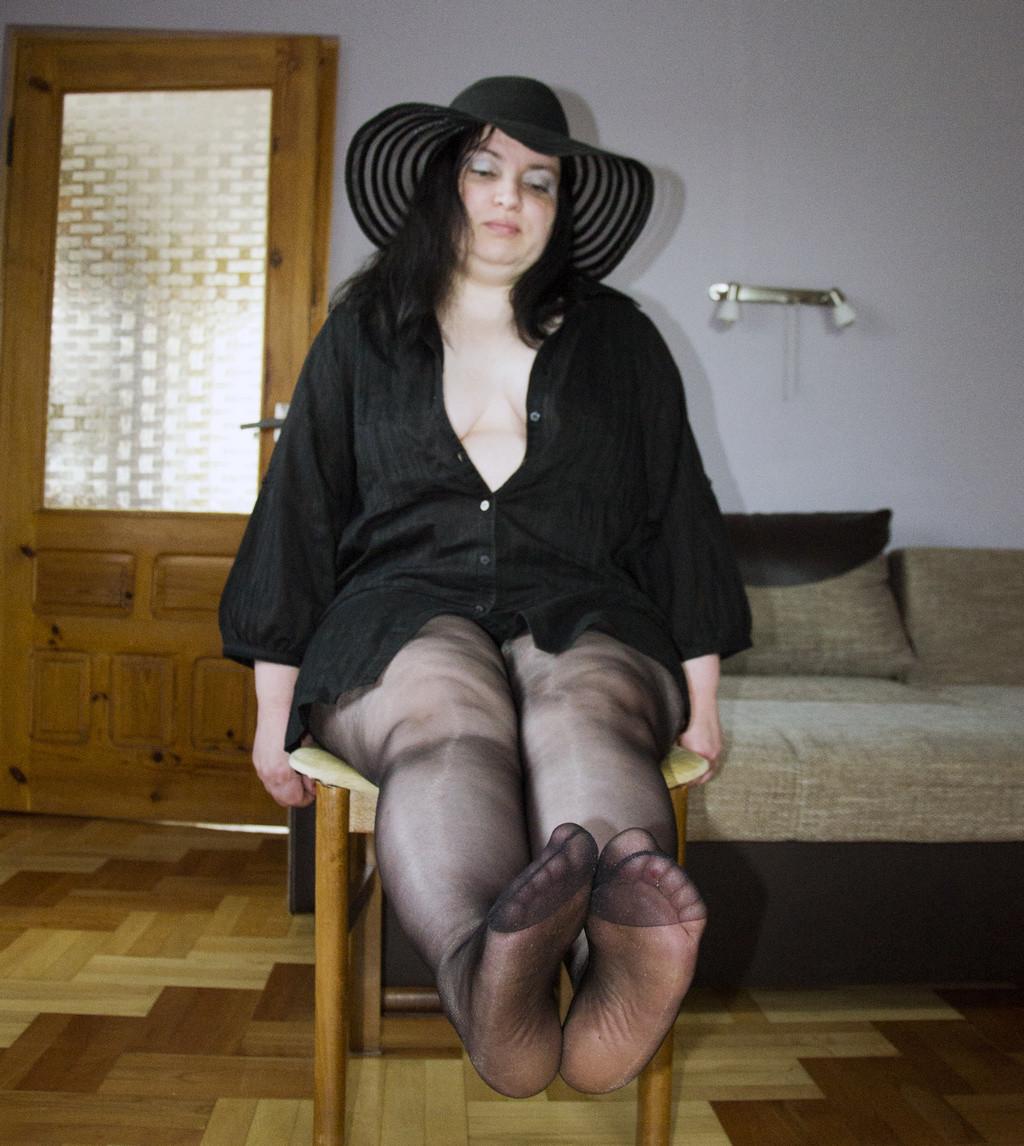 mama-shiroko-razdvinula-nogi