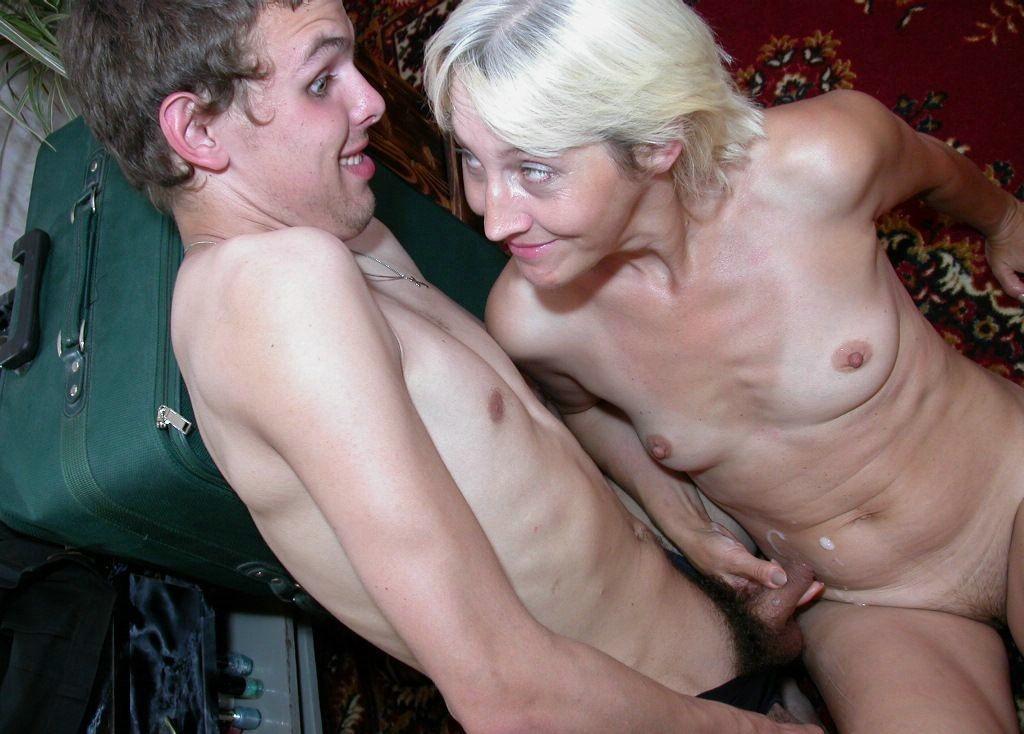 Порно Стройные В Возрасте