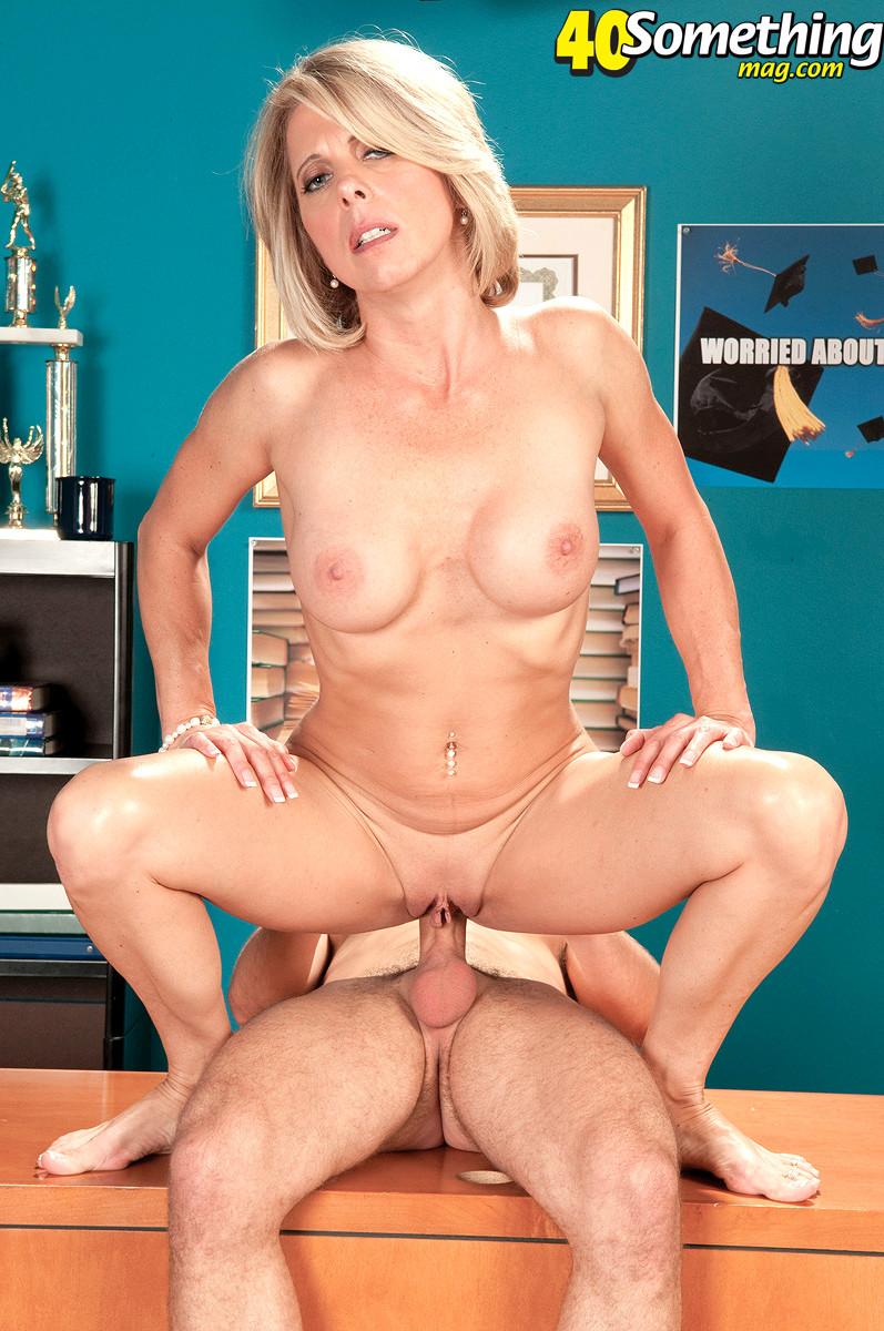 Mature anal porno