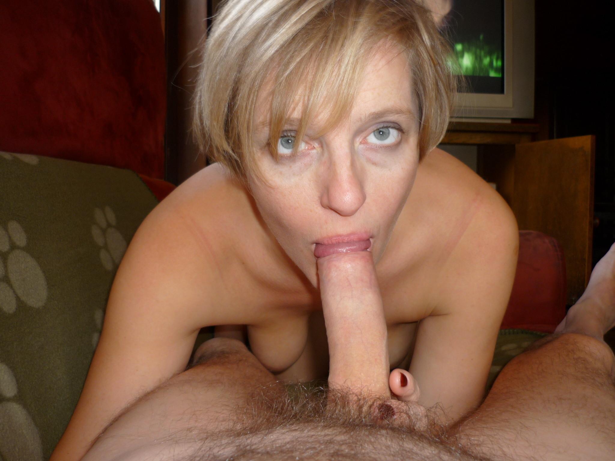 Частный зрелый минет, Порно зрелых женщин в домашних видео клипах 7 фотография