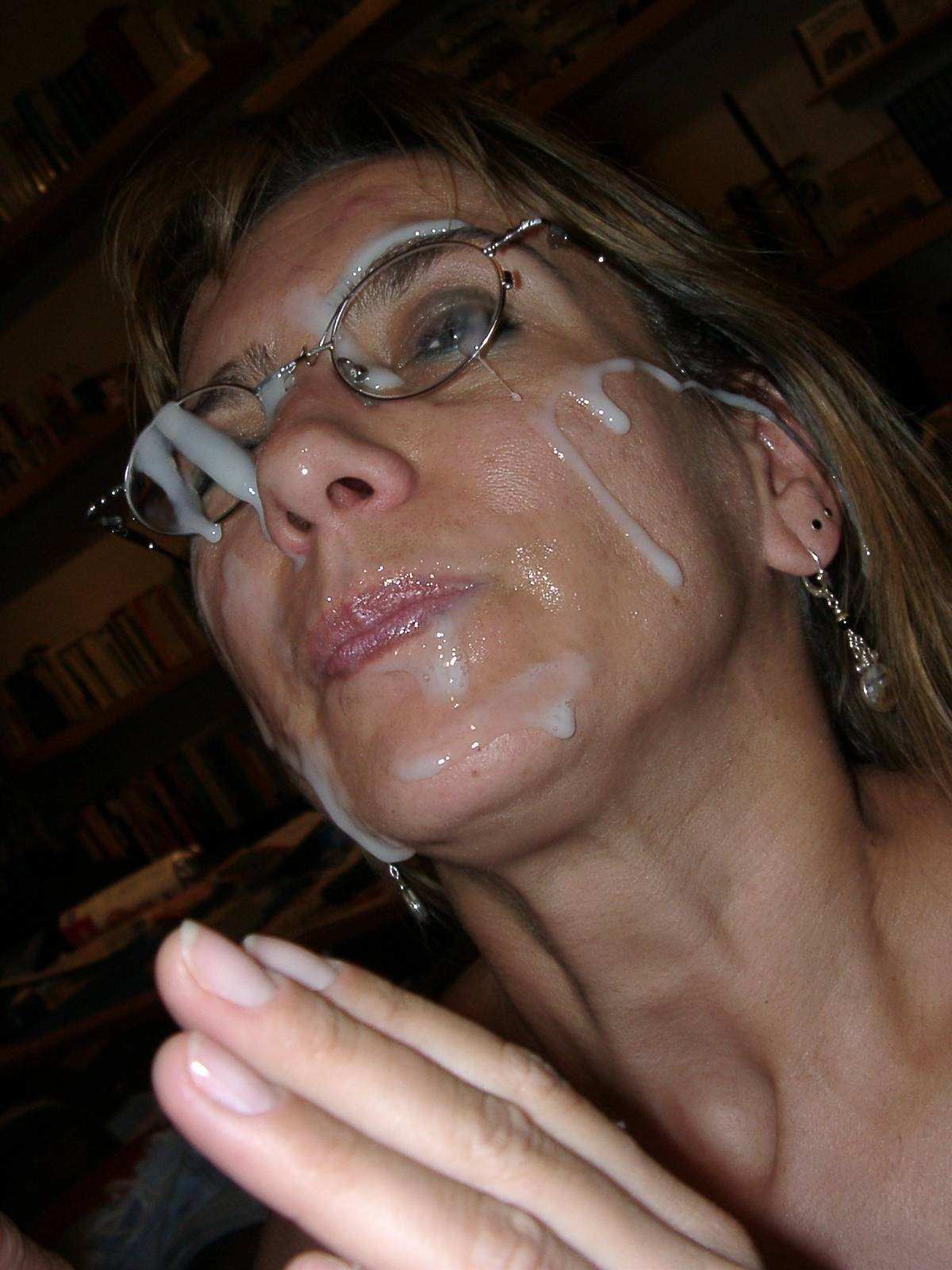 Сперма зрелой на лицо