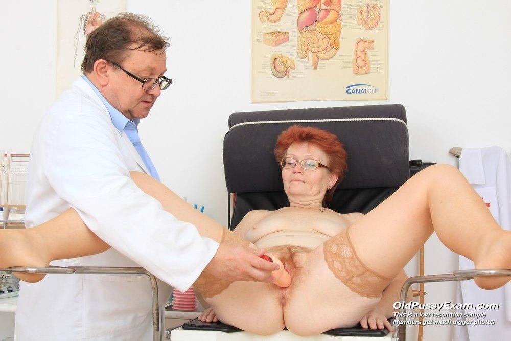 Порно видео у гинеколога с моделью