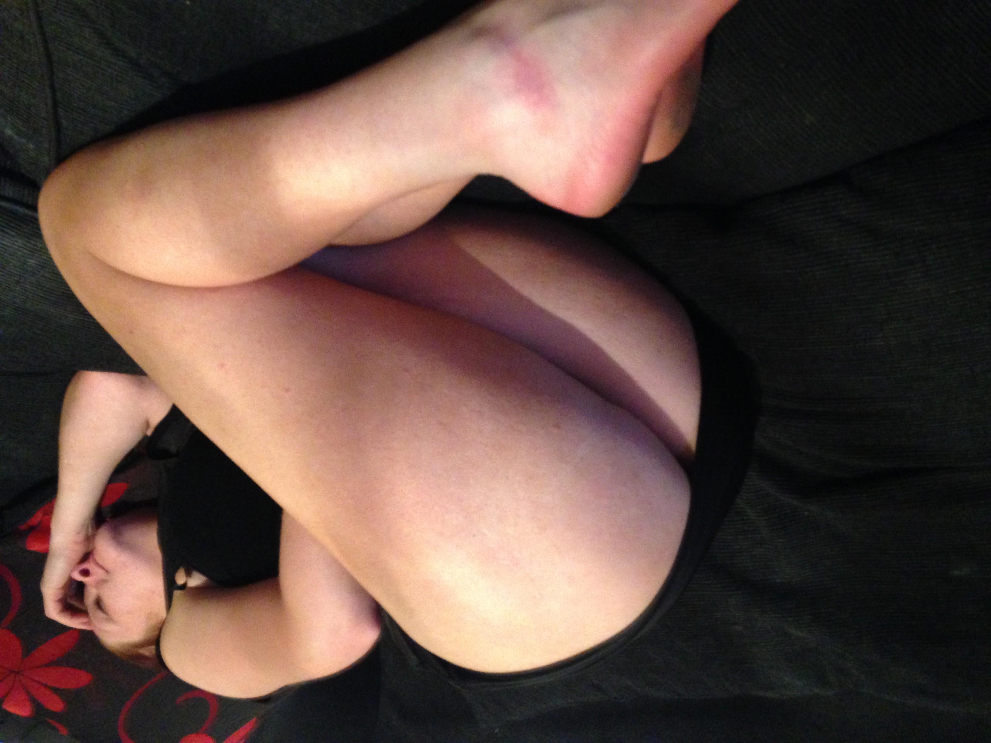 Жопа и ноги моей жены