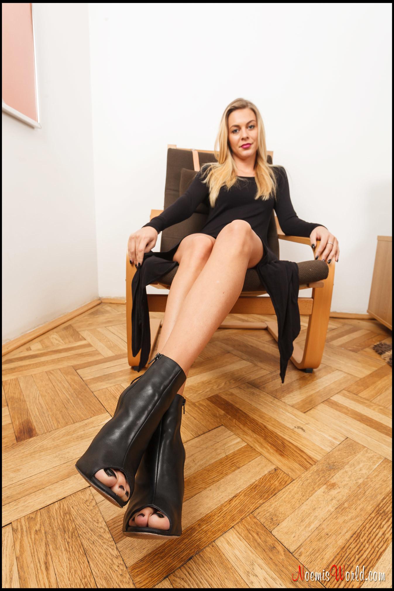 знакомства фут фетиш женские ножки