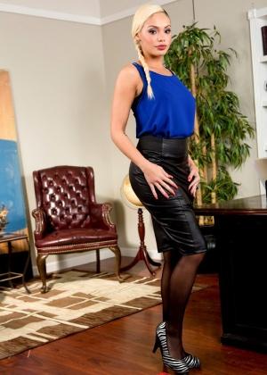 порно секретарши 2017 фото