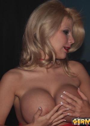 Две блондинки и дог порно