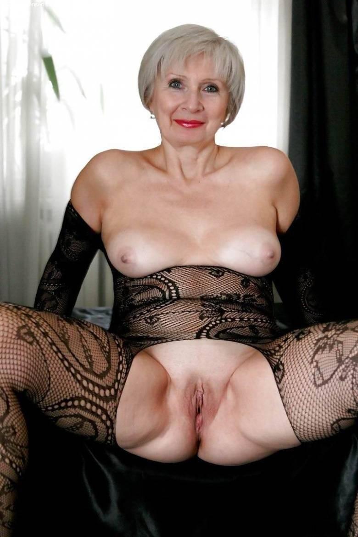 Проститутки москвы старухи после 45