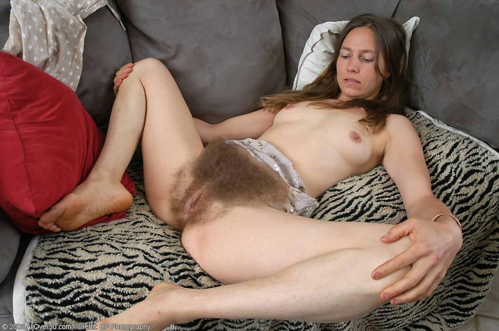 Порно волосатые киски онлайн