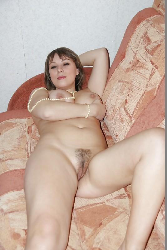 русская женщина показывает порно фото