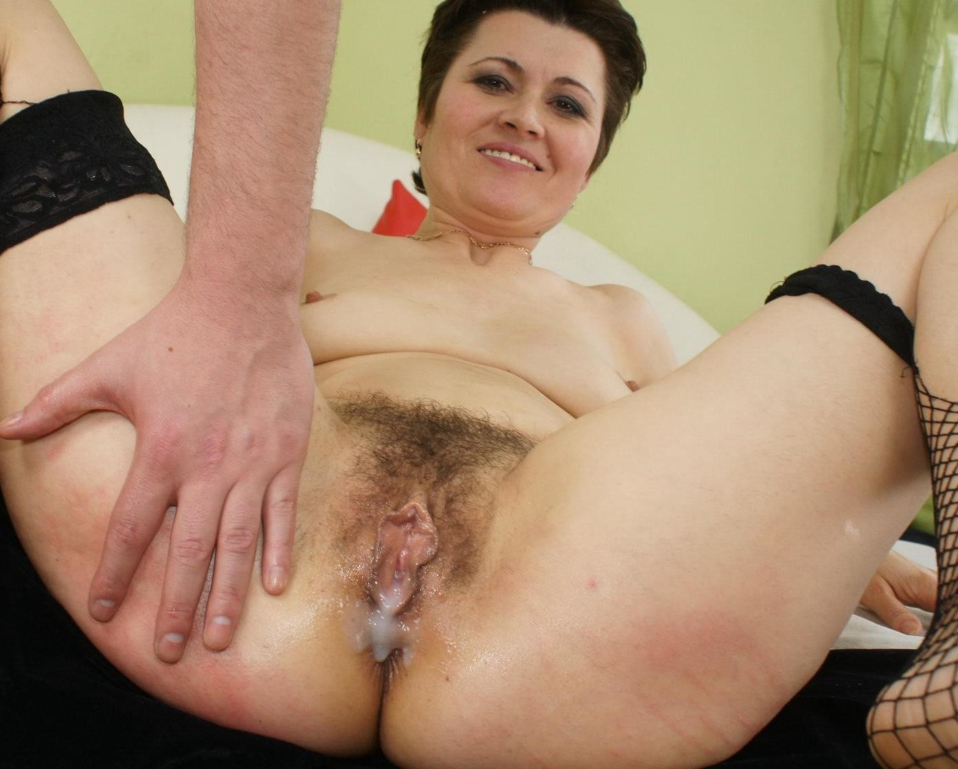 porno-video-s-volosatimi-v-sperme