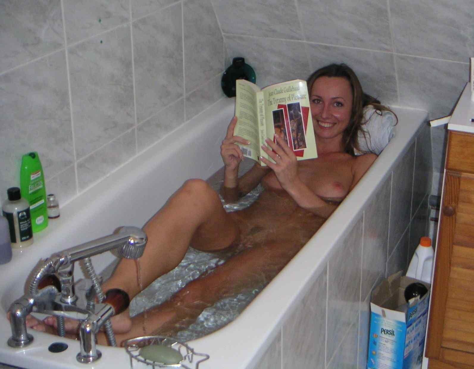 Голые женщины в ванной - подборка 000