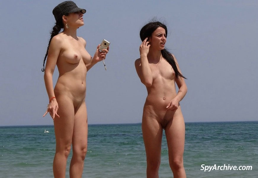 На пляже - Галерея № 3420283