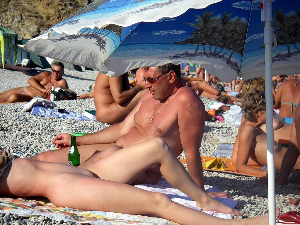 На пляже - Порно галерея № 3515276
