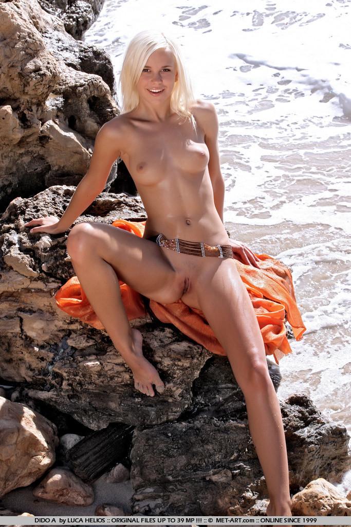 На пляже - Порно галерея № 2676811