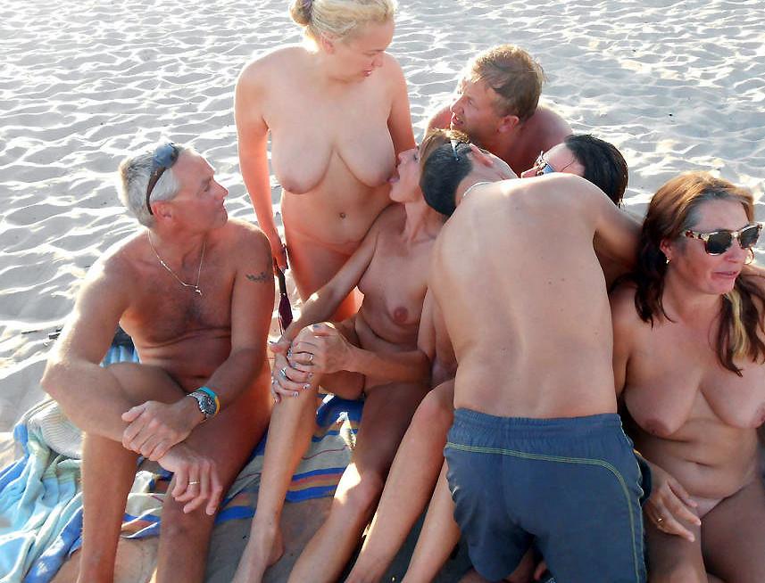 На пляже - Порно галерея № 3500526