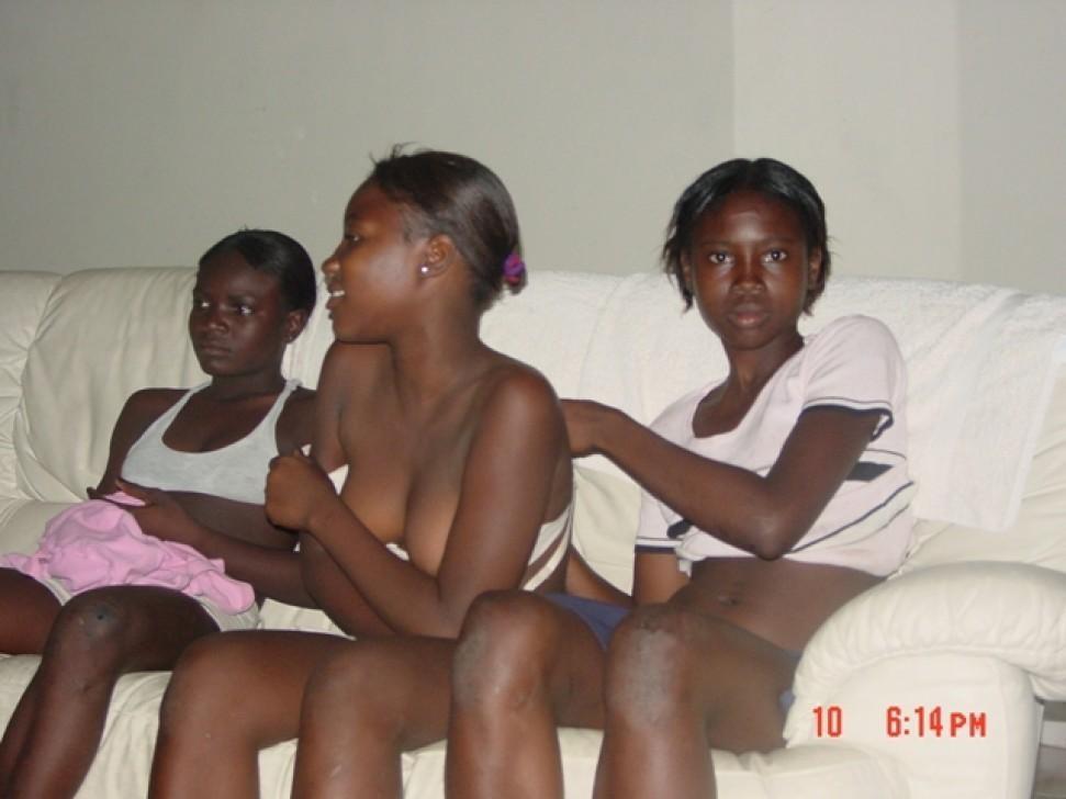 Молодые голые негритянки