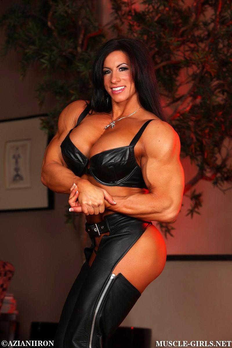 Sexy big muscle tits ultimate females buff jennifer