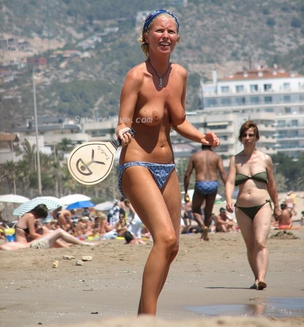 На пляже - Порно галерея № 3548219